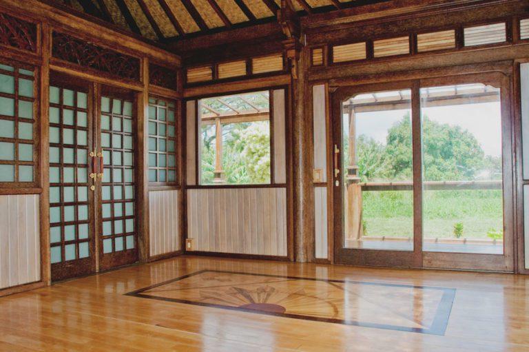 Haiku Ohana Eco House Wooden Living Room by Mandala Eco Homes