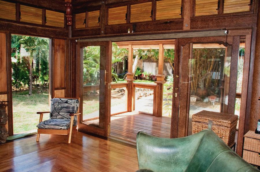 Paia Ohana Eco Home Front Porch