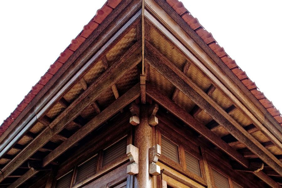 Paia Ohana Eco Home Outside Wooden Walls